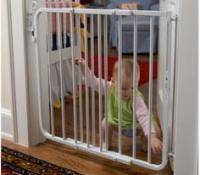 China Choose A Safe and Reliable Baby Gate for Baby Safety on sale