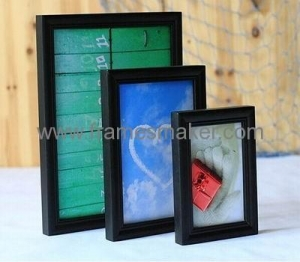 China Black solid wood picture frames WP-007 on sale