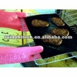 China Reusable Non-sticky PTFE FABRIC, BBQ GRILL MAT,oven lienr ,dishwash safe! on sale