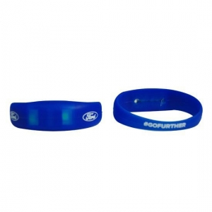 China Motion Sensor LED Silicone Bracelets with Cheap Promotional Pric on sale