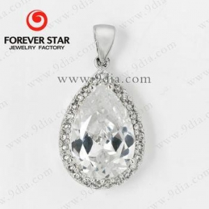 China 925 Silver Pendant Jewelry Pear CZ Pendant Charm Pendant on sale