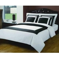 China Hotel Egyptian Cotton White-Black Down Alternative Bed in a Bag on sale