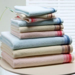 China 100% Cotton Solid Color Bath Towel With Jacquard Dobby Border on sale