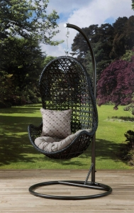 China New Design Wicker Garden Hanging Egg Chair OMR-C044 on sale