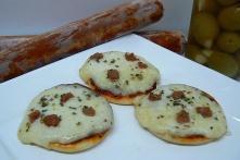 China Sausage n cheese mini pizza on sale