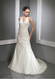 China Taffeta Sexy V-neck halter with A line Beaded Lace Dress Hem and Chapel Train Wedding Gown WL-0023 on sale