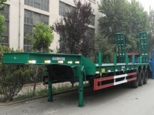 China Tri-axle Lowbed Semi-trailer ST9390TD on sale