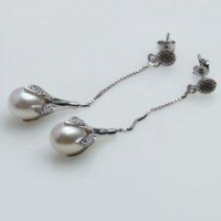 9MM AA+ Quality White Freshwater Pearls 925 Sterling Silver Earrings