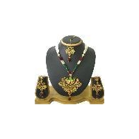 Traditional fashion designer pendant jewellery set