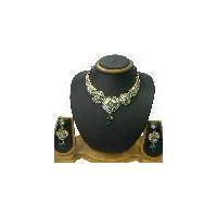 Latest fashion designer necklace set