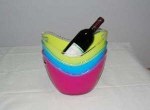 China Personalized colored acrylic / PS / ABS / stainless steel champagne ice buckets with scoop on sale