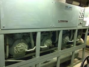 China USED WATER COOLED CHILLER CARRIER 30HR100 on sale
