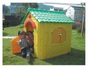 China Wood Kids Play Garden Cubby House Yellow Farm Cottage for Boys on sale