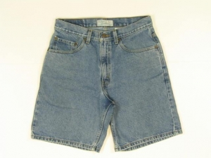 China Levis Mens Shorts Size W31 32x8 1/2 Jean on sale