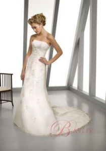 China Bridal Designer Gowns A-line Strapless Embroidery Satin Taffeta Lace Wedding Gown EM3327 on sale