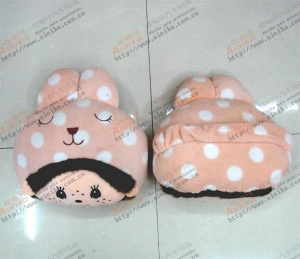 China automobile headrest pillow 2 pcs suit bonelike pillow pink mengqiqi little baby lovely on sale