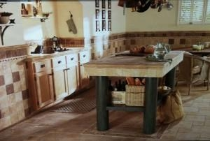 China Travertine Tile Travertine Tiles Great Choice For Any Home on sale