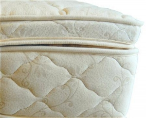 China Beds and Bedding Natural Latex Mattress Topper Quilted with Organic Cotton and Wool on sale