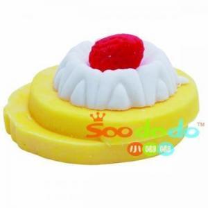China 2.5*2.5*1.4cm 3d Salad Shaped Eraser on sale