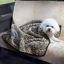 China Dog toys Luxury Two-Piece Fur Car Seat Cover and Blanket Set on sale