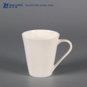 China Italic body blank fine porcelain travel mug on sale