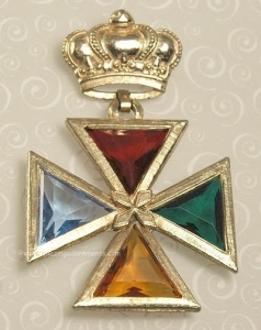China Unsi Beautiful Vintage Crown Pin/Pendant with Glass Set Maltese Cross Dangle on sale
