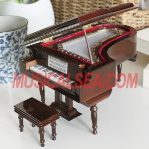China High quality miniature piano hand crank music box Musical Instrument on sale