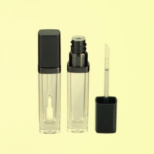 China Acrylic bottle WM-L03 lip gloss container on sale