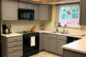 China Pictures Of Painted Kitchen Cabinets on sale