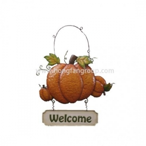 China Metal Pumpkin Wall Hanging Art With Welcome Sign on sale