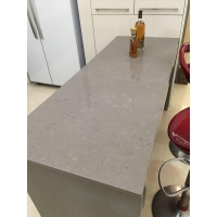 Cheapest Light Dark Grey (Gray) Quartz Kitchen Countertops with Undermount Sink and White Cabinet