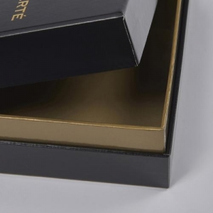 China Custom logo printing luxury black paper box with lid on sale