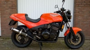 China RACE BIKES Triumph Speed Triple 900 on sale