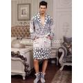 China Cosy Smooth Warm Flannel Fleece Men's Bathrobe on sale