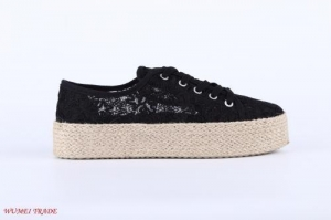 China The Summer vamp upper Lace hollowed shoes , thick soles and sandals on sale