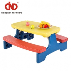 China Outdoor Plastic Folding Activity Study Tables and Chairs for Toddlers Kids on sale