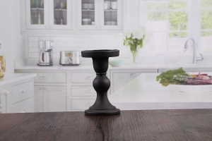 China Wedding decorations candle holder black pillar candle holders supplier on sale