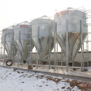 China Hot Galvanized Fiberglass Poultry Pig Farming Feed Silo Filling System on sale