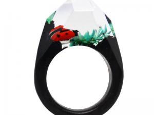 China Wholesale Factory handmade ladybug charm resin wood ring (wood ring) on sale
