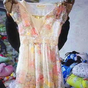 China Lady Silk Dress Bale Second Hand Clothes on sale