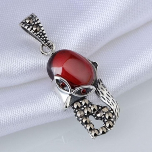 China Sterling Silver Cute Agate Fox Pendant, Red Oval Semi-precious Stone Jewelry on sale