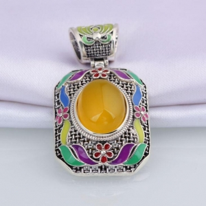 China High End Single Cubic Zircon Canary Stone Square Shape Sterling Silver Material Pendant on sale