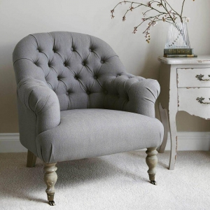 China Bedroom Armchair Master With Separate Sitting Area on sale