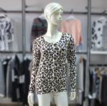 China Cashmere Sweater Fashion Leopard Cardigan Sweater 1704040 on sale