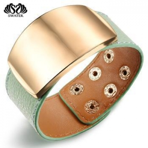China Custom Engraved Metal Women Leather Cuff Monogram Bracelet on sale