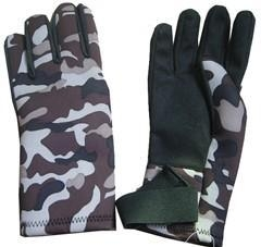 China camouflage neoprene glove on sale