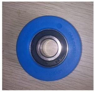 China Reasonable Price Escalator Step Chain Wheel Blue Multicolor on sale