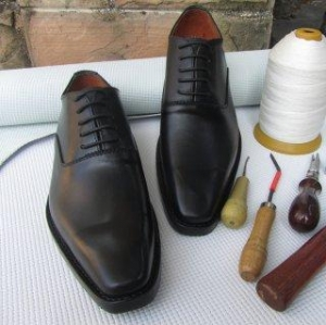 China SKP17- Custom Made Black Italian Shoes in Genuine Cow Leather on sale