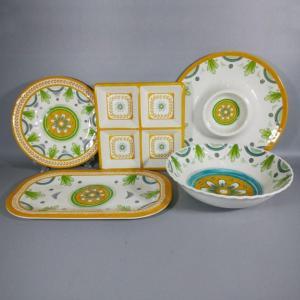 China Personalized Floral Handpaint Design Melamine Plate Bowl Tableware Set on sale