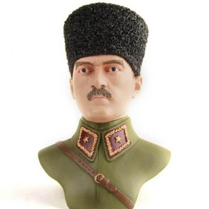 China Resin sculpture of famous people, collectible figurine on sale